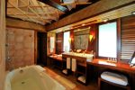 BOB Intercontinental Moana Bathroom.gallery_image.1