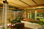Spa_Manea_Bora_Bora_Vichy_Shower_Room.gallery_image.1